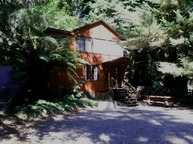 Riverside Campgrounds & Cabins